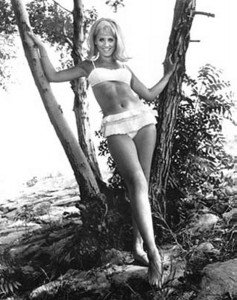 melody-patterson-feet-586321-237x300
