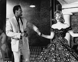 Yvonne Buckingham dans Sapphire en 1959