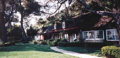 1000 images about paranormal ghost on pinterest ghost for Murder house tour los angeles